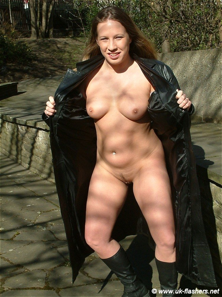 Faye Ramptons Public Nudity
