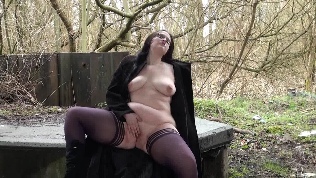 Fat amateur flasher emmas public exhibitionism of voyeur bbw - 85 part 7