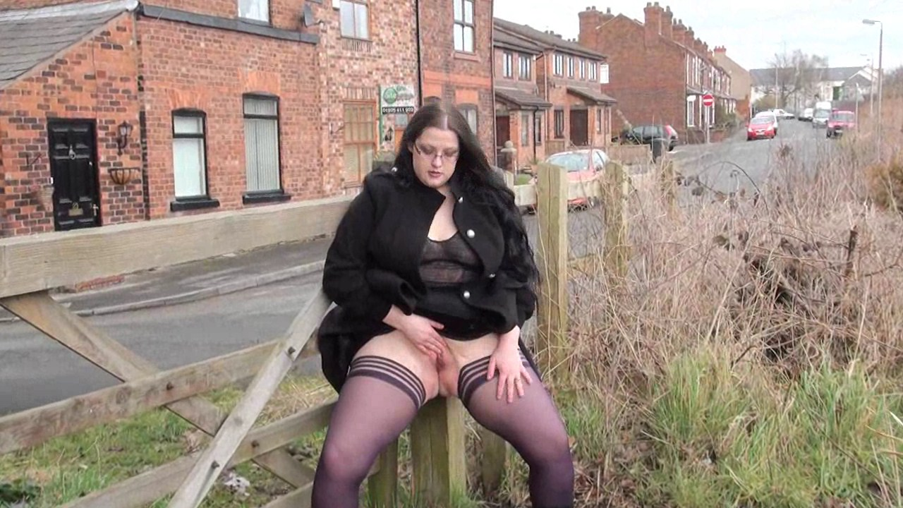 Fat amateur flasher emmas public exhibitionism of voyeur bbw - 85 part 8
